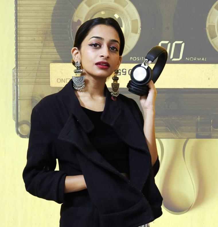 Radio Host Aayushi